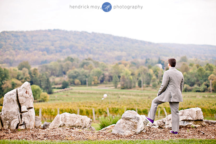 NJ-Wedding-Alba-Vineyard-groom-waiting
