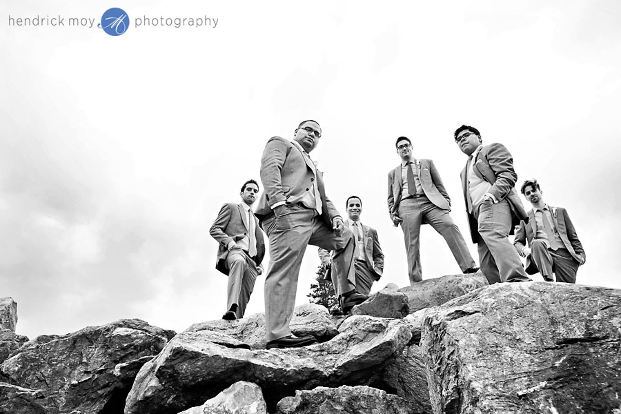 NJ-Wedding-Alba-Vineyard-groomsmen