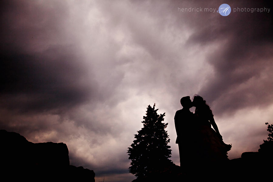 NJ-Wedding-Alba-Vineyard-sky-silhouette