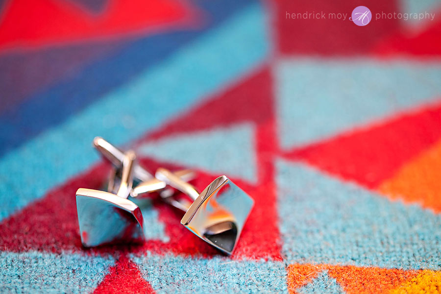 NJ-Wedding-holiday-inn-cufflinks-details