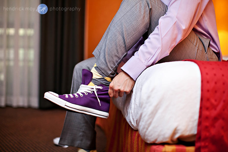 NJ-Wedding-holiday-inn-groom-converse