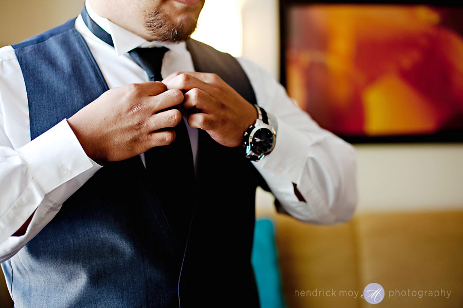 1-White-Meadow-Lake-House-Country-Club-Hyatt-House-wedding-getting-ready
