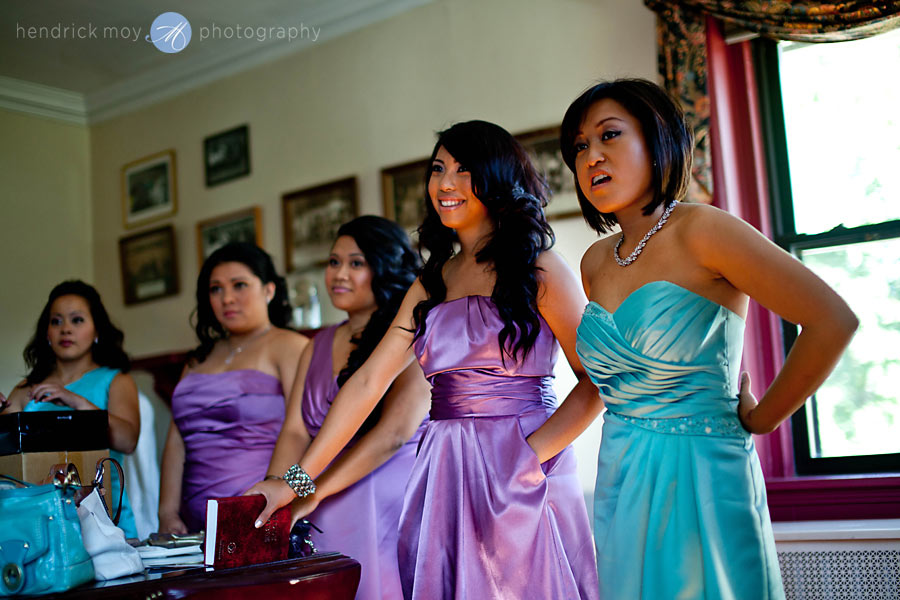 8-White-Meadow-Lake-House-Country-Club-bridesmaids