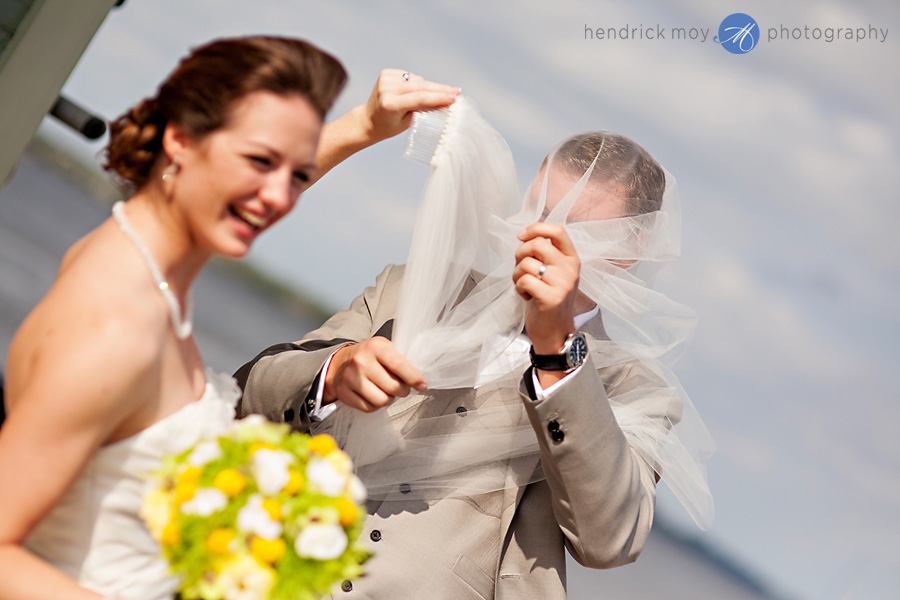 riverside-nj-wedding-photography-veil-humor-windy