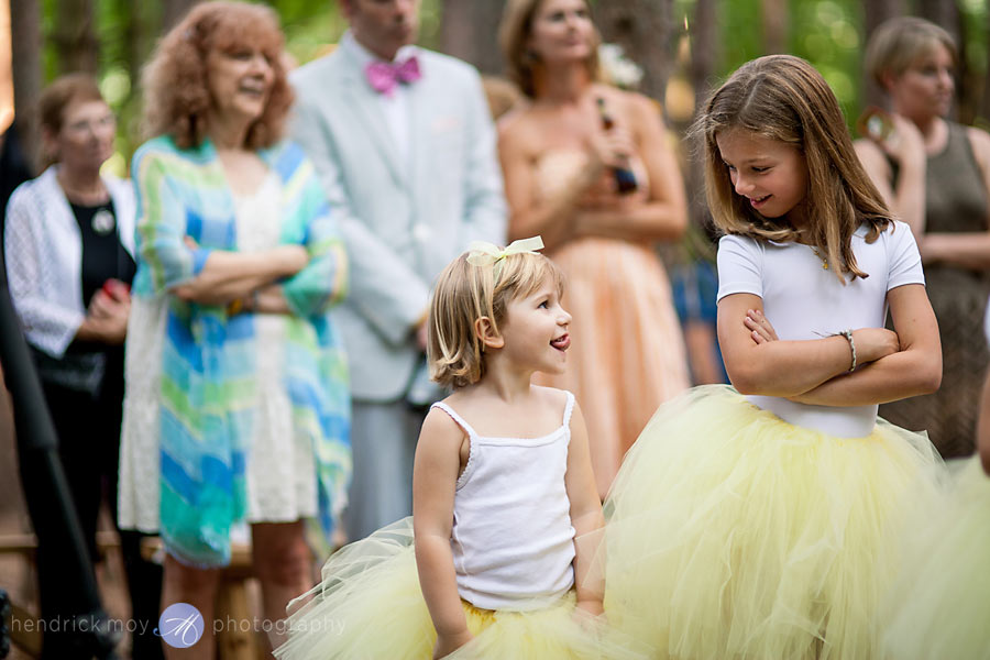 Hudson-Valley-Wedding-Photographer-NY-flowergirls-in-tutus