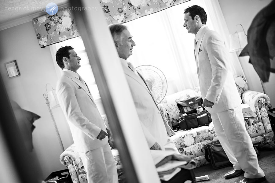 Hudson-Valley-Wedding-Photographer-NY-groom-preparation-photography