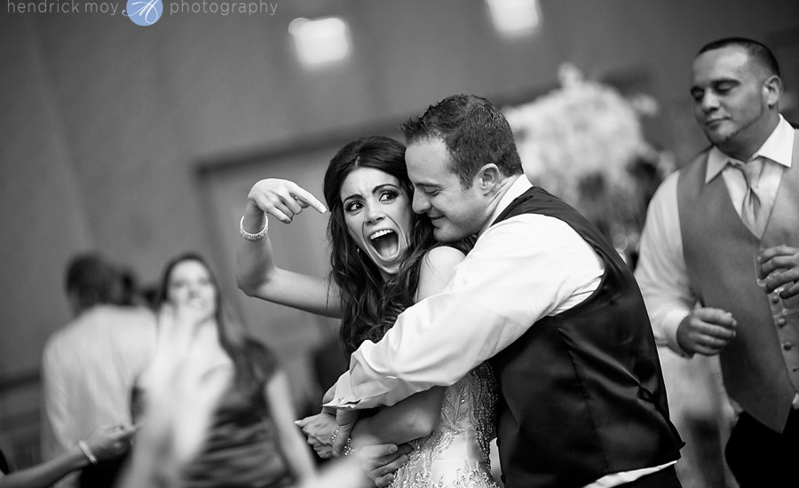 wedding reception bride groom dance pictures hendrick moy photography