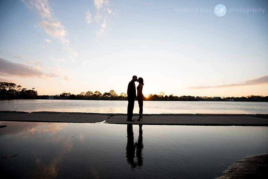 engagement washington dc tidal basin hendrick moy photography