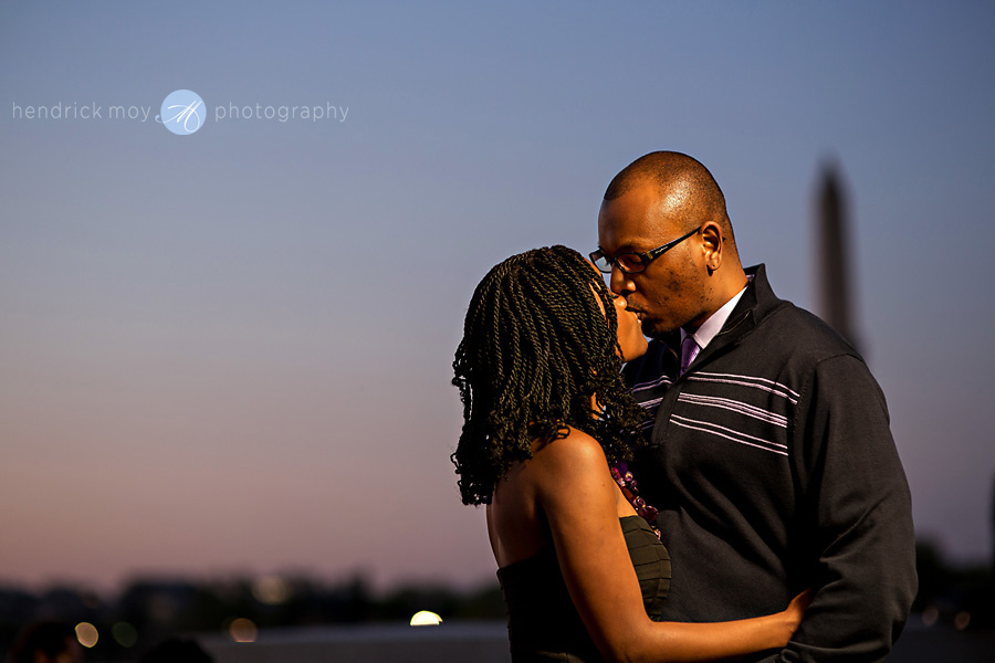 hendrick moy photography tidal basin engagement