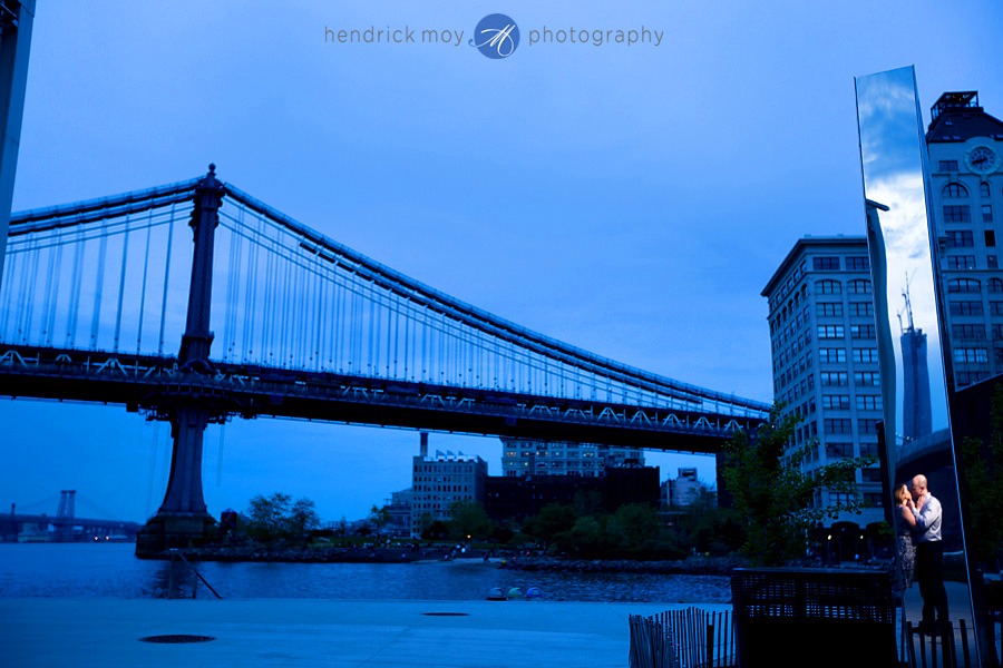 nyc engagement photographer DUMBO brooklyn bridge pictures