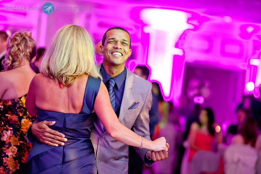 Tides Estate NJ Wedding pictures guests dancing