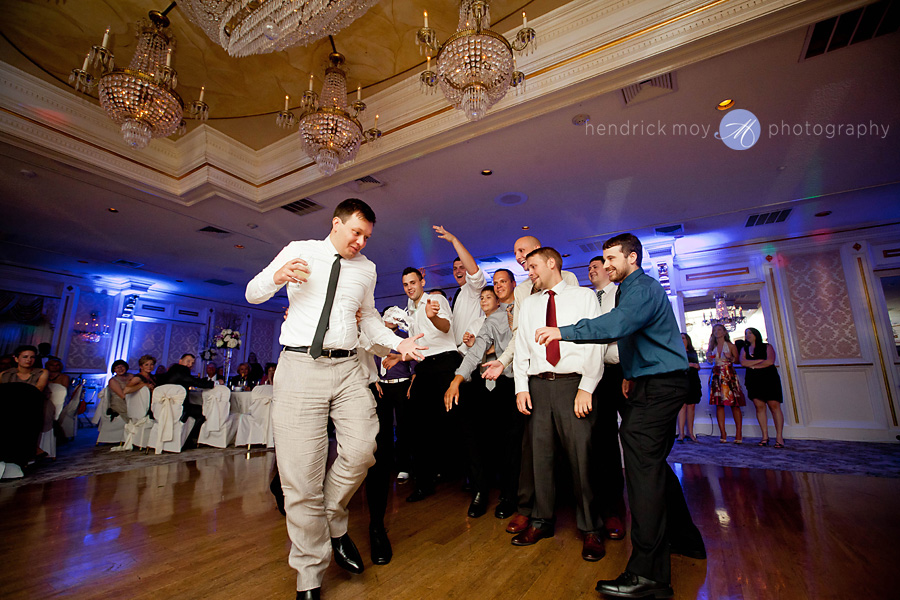 Tides Estate NJ Wedding pictures garter toss steal