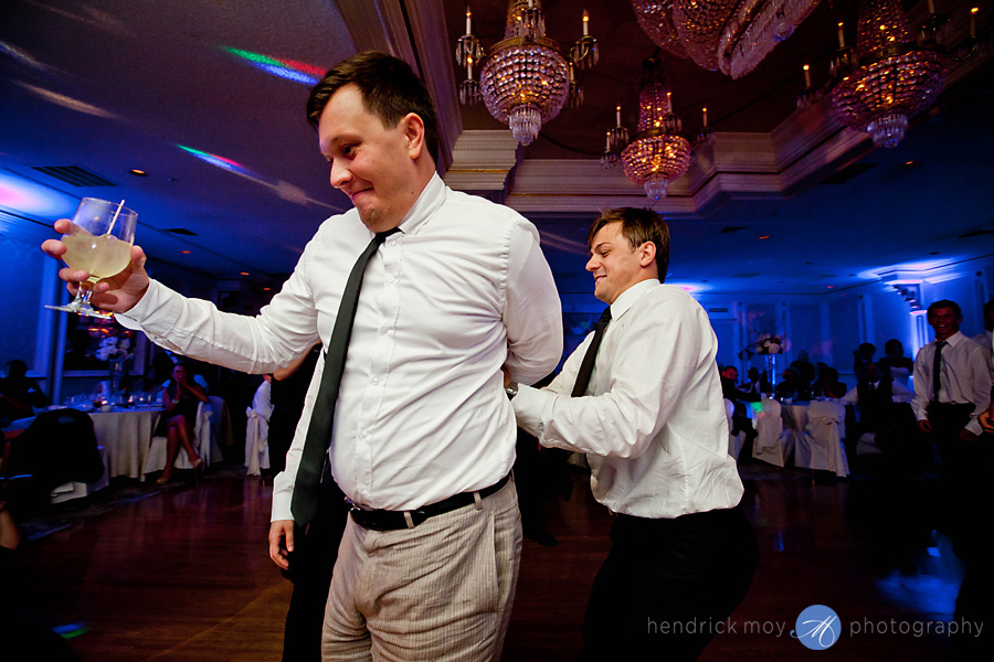Tides Estate NJ Wedding pictures garter toss fight