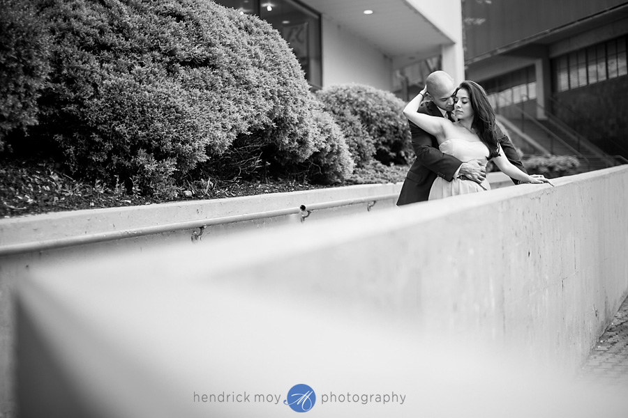 Roosevelt Island engagement photographer black and white