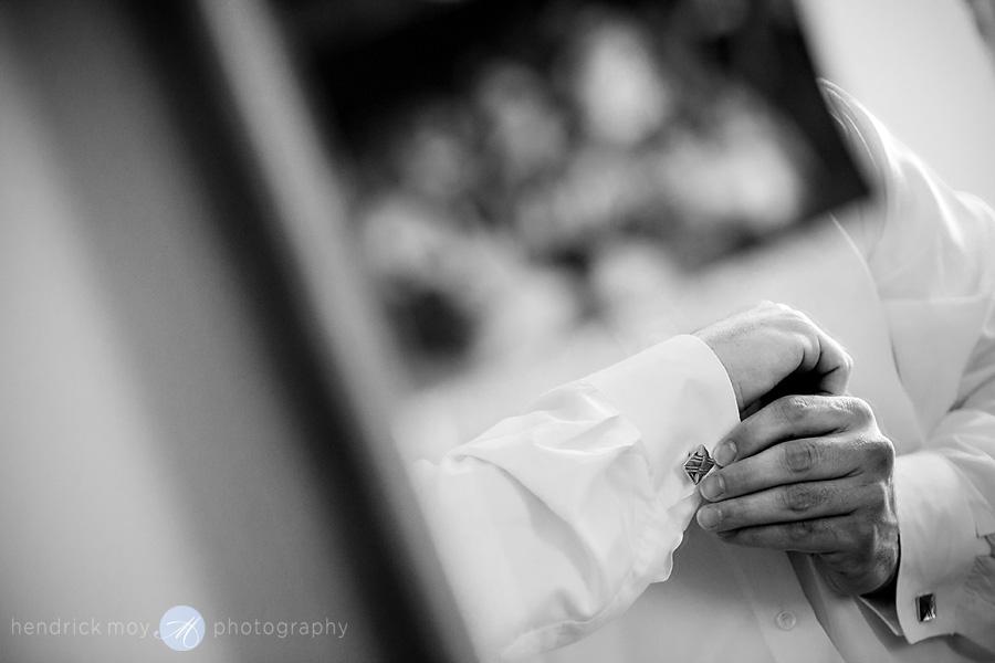 Newark-NJ-Wedding-Photographer-Hendrick-Moy-groom-cufflinks