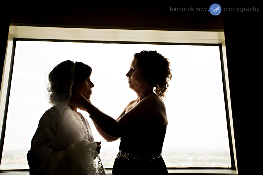 Meadowlands-Sheraton-NJ-Wedding-Photographer-Hendrick-Moy-bride-mother