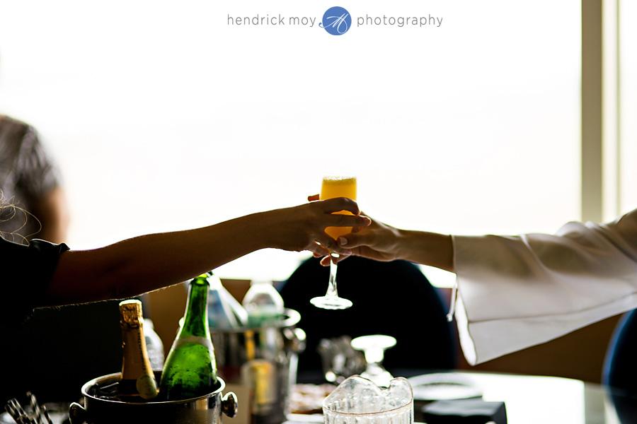 Meadowlands-Sheraton-NJ-Wedding-Photographer-Hendrick-Moy-bride-getting-ready