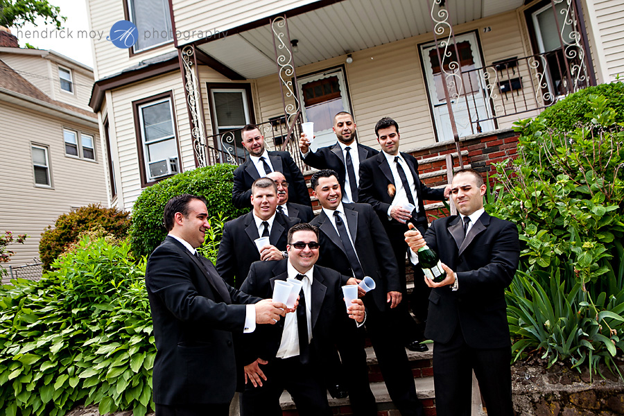 NJ-Wedding-Photographer-Hendrick-Moy-groomsmen-toast