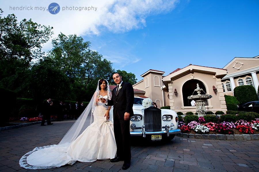 nanina's-in-the-park-NJ-Wedding-Photographer-Hendrick-Moy-champagne-toast