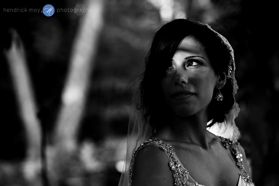 nanina's-in-the-park-NJ-Wedding-Photographer-Hendrick-Moy-bride-black-white