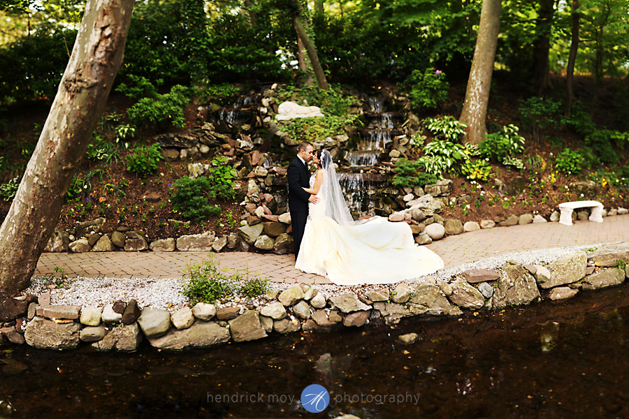 nanina's-in-the-park-NJ-Wedding-Photographer-Hendrick-Moy-bokeh-panorama
