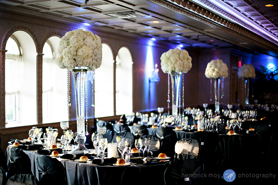 nanina's-in-the-park-NJ-Wedding-Photographer-Hendrick-Moy-table-settings
