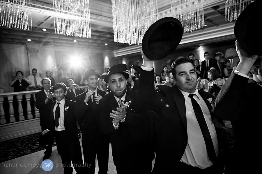 nanina's-in-the-park-NJ-Wedding-Photographer-Hendrick-Moy-groomsmen