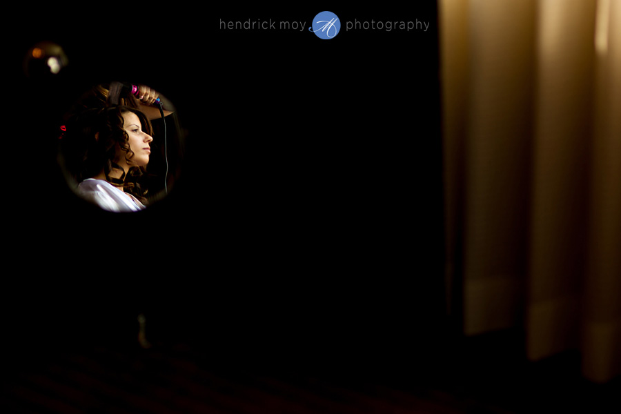 Meadowlands-Sheraton-NJ-Wedding-Photographer-Hendrick-Moy-make-up-bride