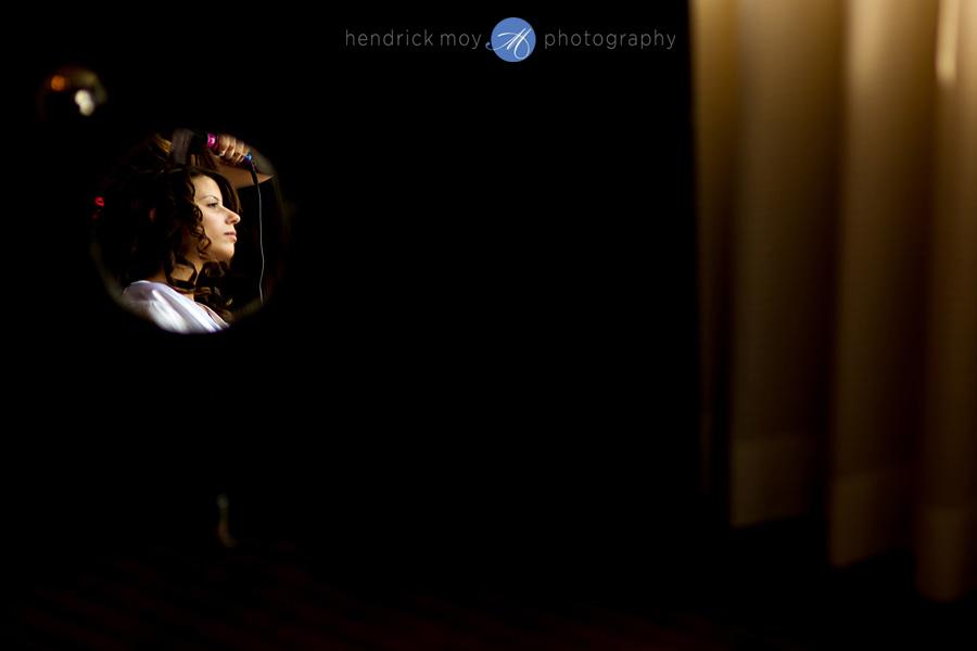 Meadowlands-Sheraton-NJ-Wedding-Photographer-Hendrick-Moy-make-up-bride