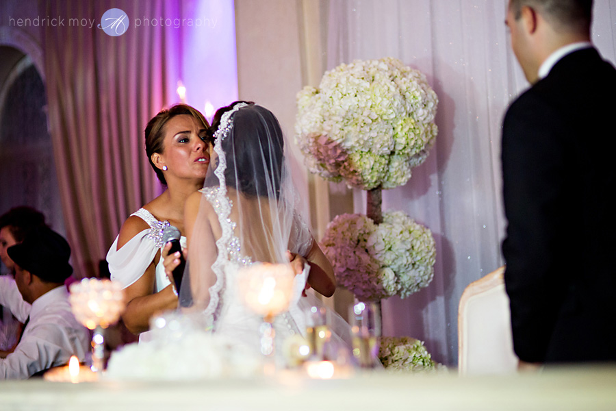 nanina's-in-the-park-NJ-Wedding-Photographer-Hendrick-Moy-matron-of-honor-speech