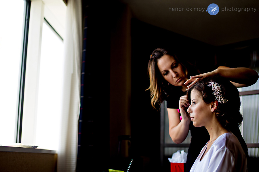 Meadowlands-Sheraton-NJ-Wedding-Photographer-Hendrick-Moy-bride-preparation