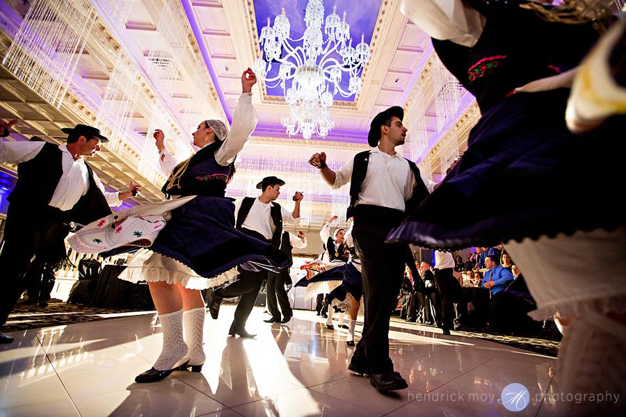 nanina's-in-the-park-NJ-Wedding-Photographer-Hendrick-Moy-portuguese-traditional-dance
