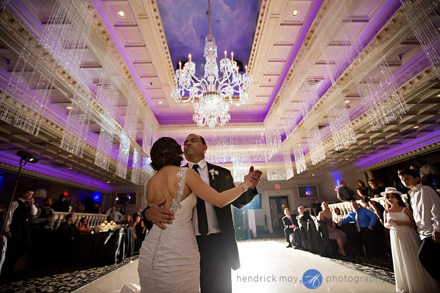 nanina's-in-the-park-NJ-Wedding-Photographer-Hendrick-Moy-father-daughter-dance