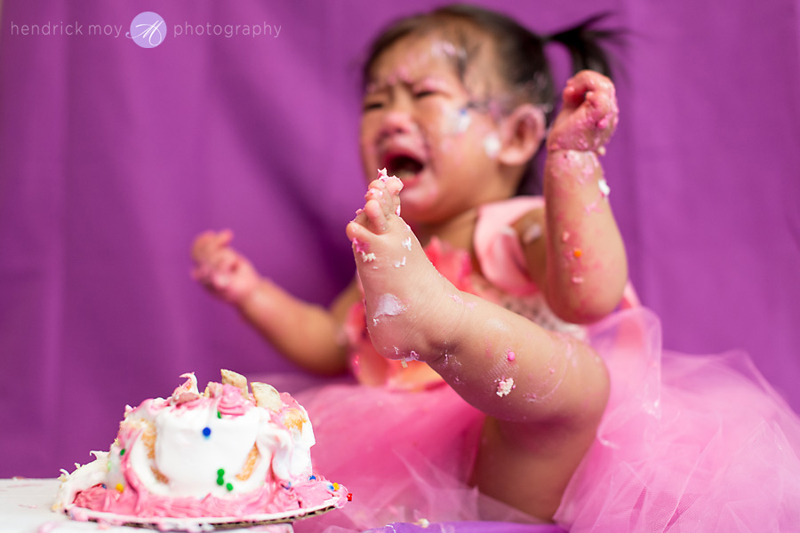 Long Island Photography Huntington Cake Smash Hendrick Moy