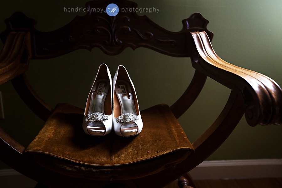 Villa Barone Bronx wedding photographer westchester hendrick moy badgley mischka shoes