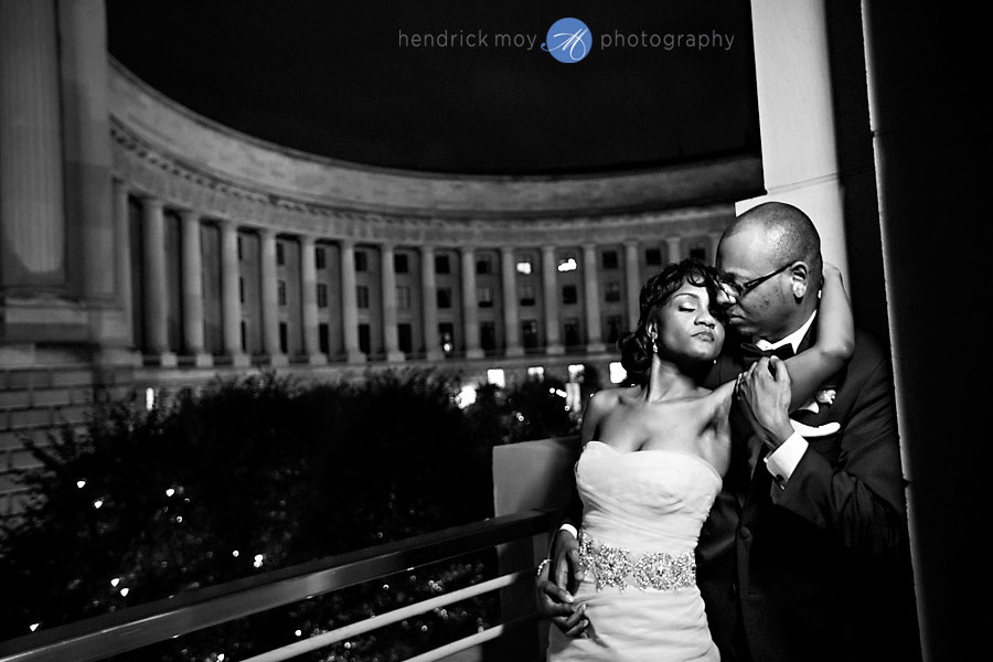 ronald reagan building washington dc wedding photography 55 WASHINGTON DC WEDDING PHOTOGRAPHER | RONALD REAGAN BUILDING WEDDING | SHAMEKA + CHARLEMAYNE