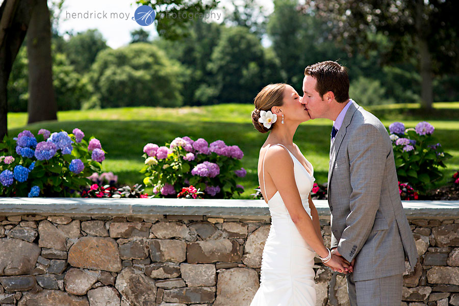 middletown west hills country club wedding photographer hendrick moy 12 MIDDLETOWN WEDDING PHOTOGRAPHER | WEST HILLS COUNTRY CLUB WEDDING | NICOLE + JAMES