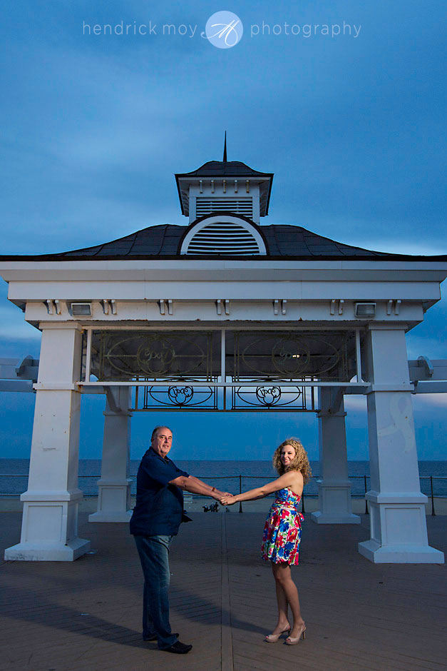 engagement in asbury park nj photography hendrick moy