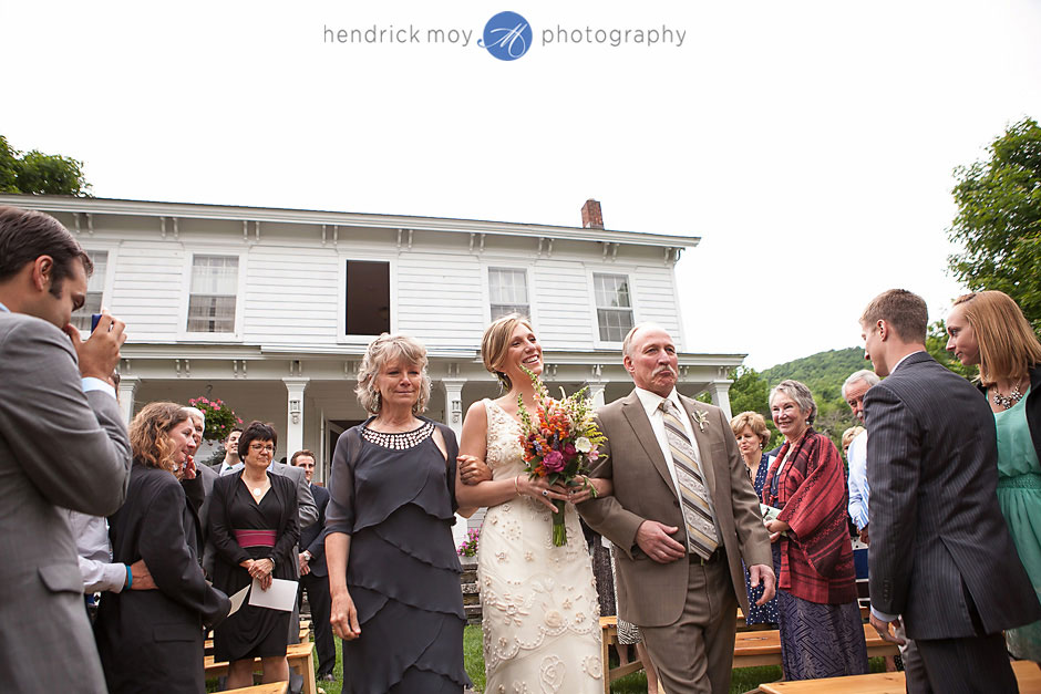 roxbury-ny-wedding-photography-inn-at-west-settlement