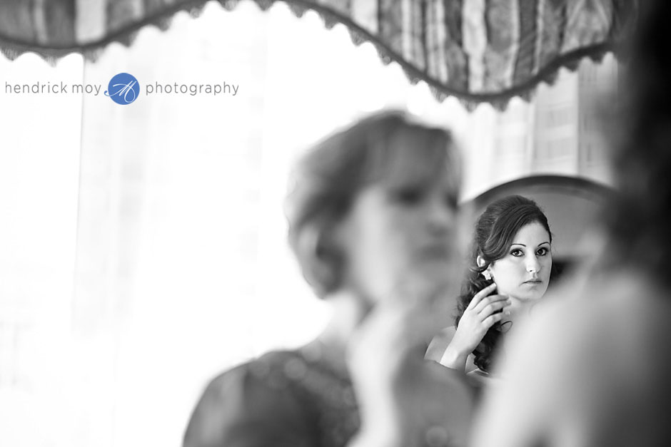 poughkeepsie grand hotel bride getting ready