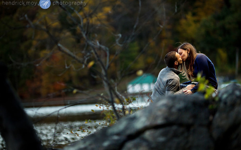 hudson valley autumn engagement photographer
