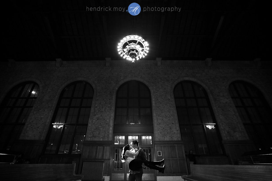 poughkeepsie train station engagement pictures