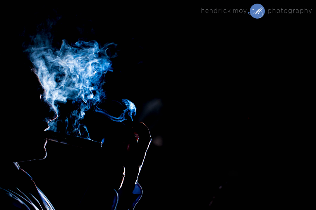 IMAGE: http://hendrickmoyphotography.com/wp-content/uploads/2015/07/nyc-wedding-photographer-cigar-shot-8-Custom.png