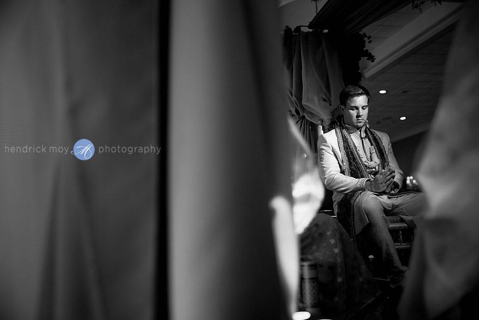 indian wedding ceremony photographer hendrick moy