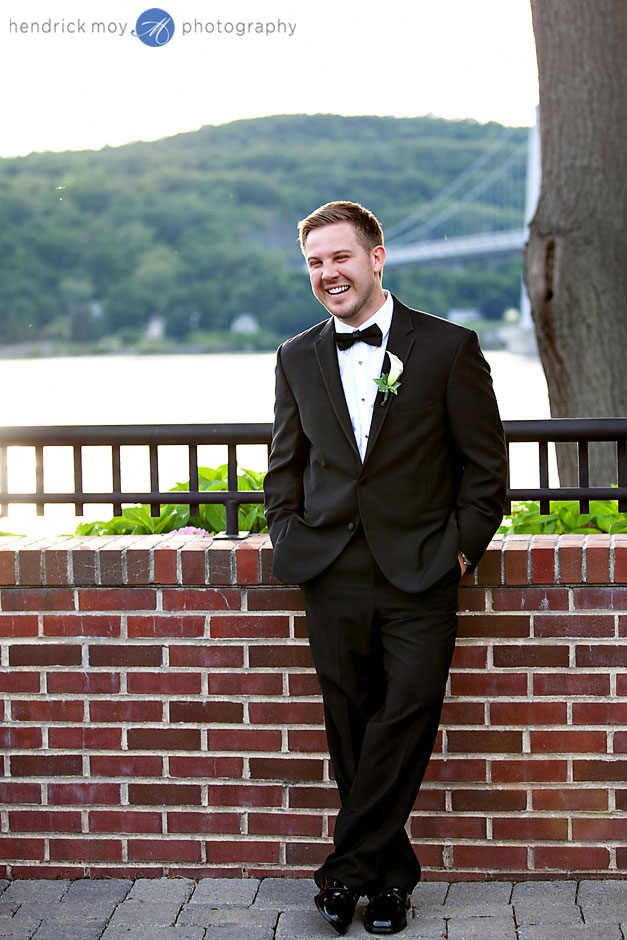 wedding photography at the poughkeepsie grandview hendrick moy