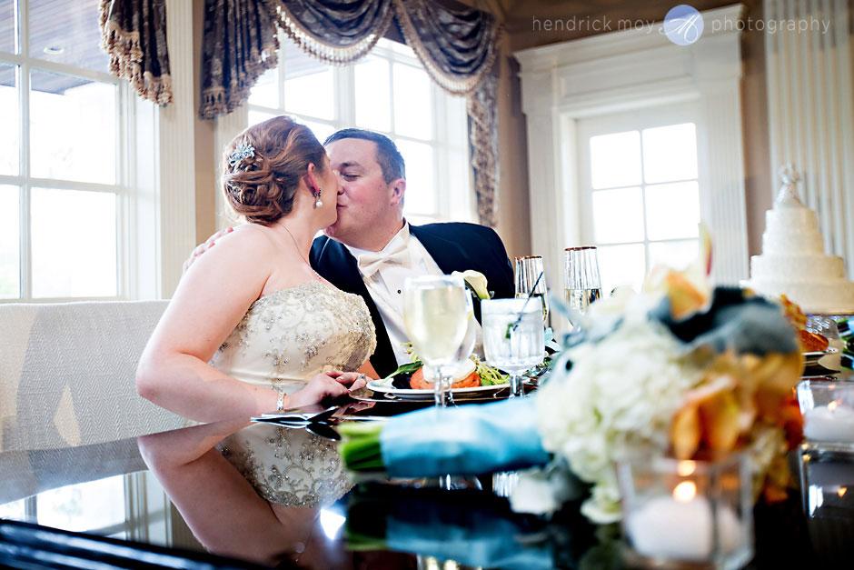 wedding at the falkirk estate ny photographer hendrick moy