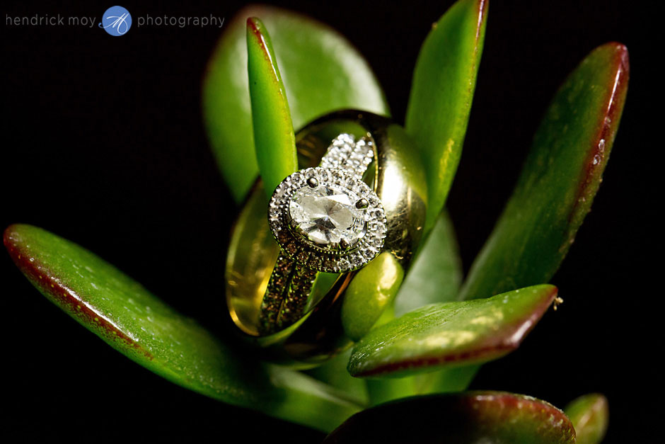 best wedding ring shot hendrick moy photography
