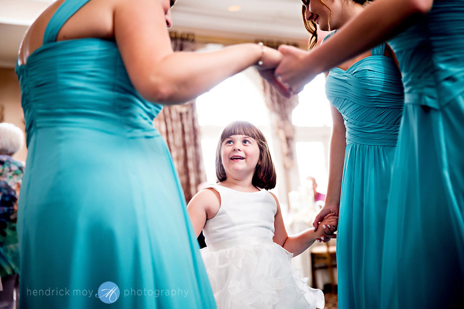 photography wedding flower girl images falkirk estate