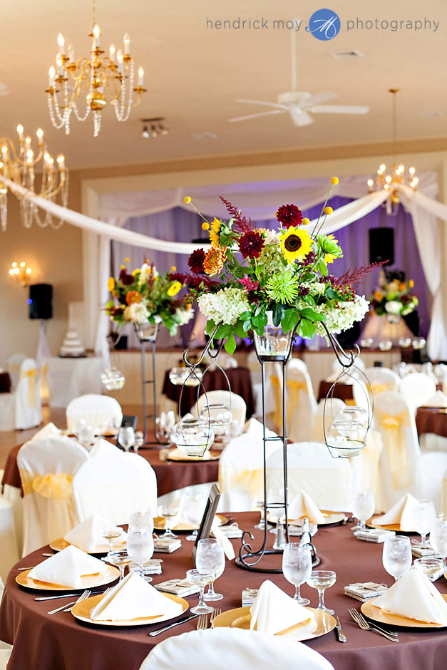 mountain view manor wedding reception centerpieces