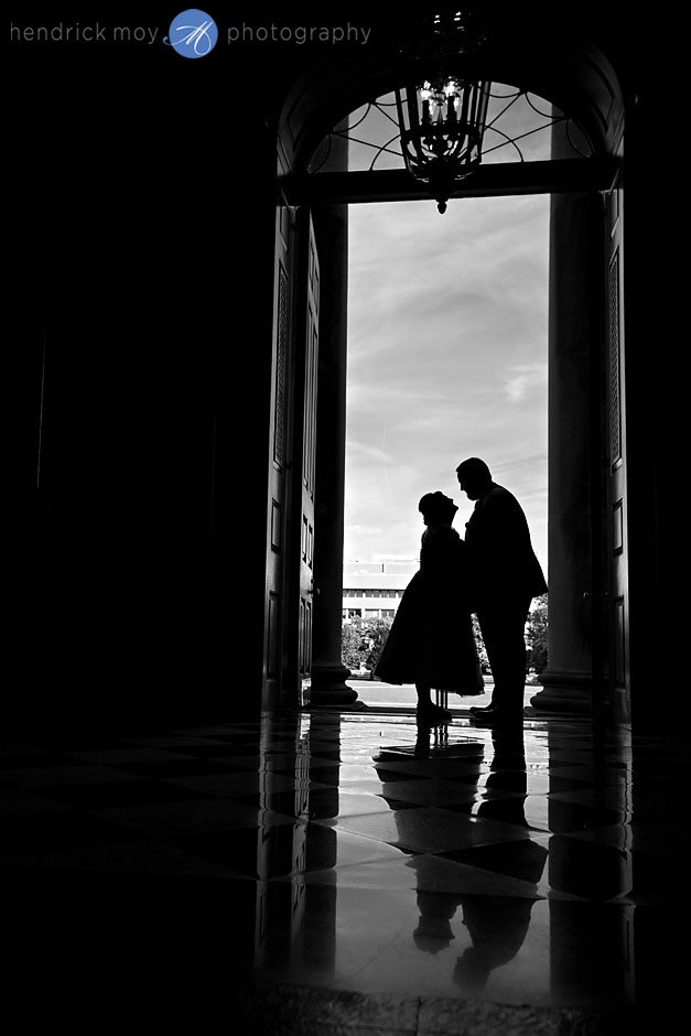 wedding photographer in syracuse university hendrick moy